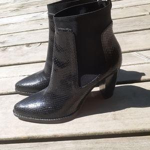 Zara booties size 9.5 black